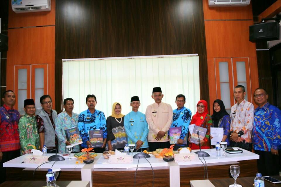 Bupati Pringsewu Hi.Sujadi dan Wakil Bupati Hi.Fauzi menerima kunjungan Deputi Tumbuh Kembang Anak Kementerian Pemberdayaan Perempuan dan Perlindungan Anak