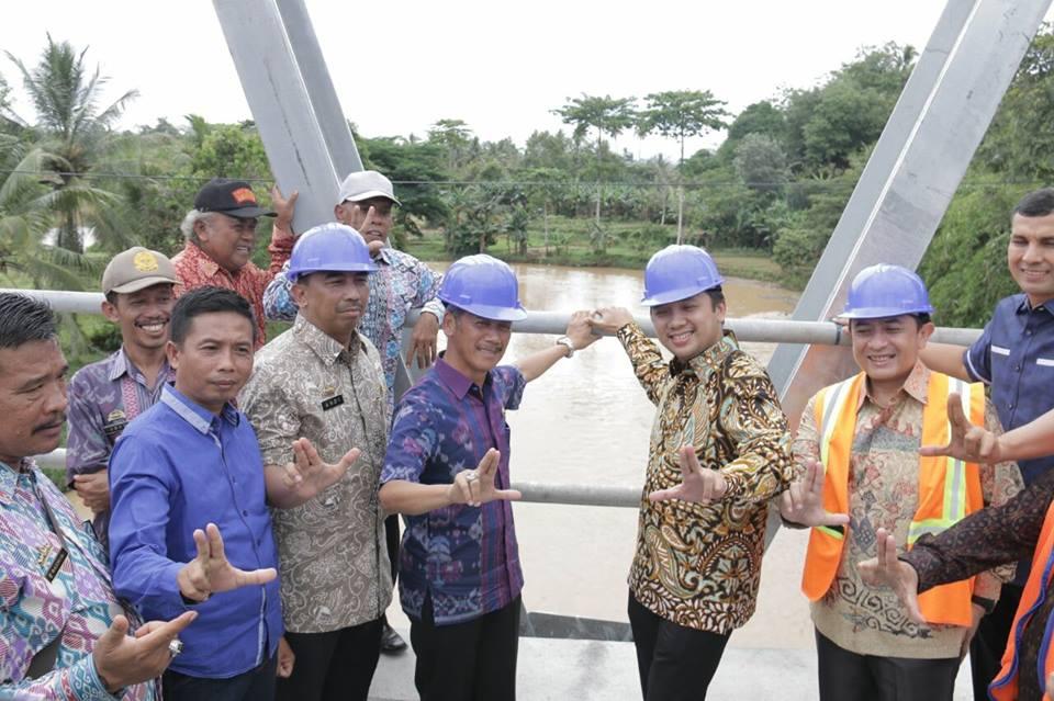 gubernur-lampung-kunjungi-pembangunan-di-pringsewu3