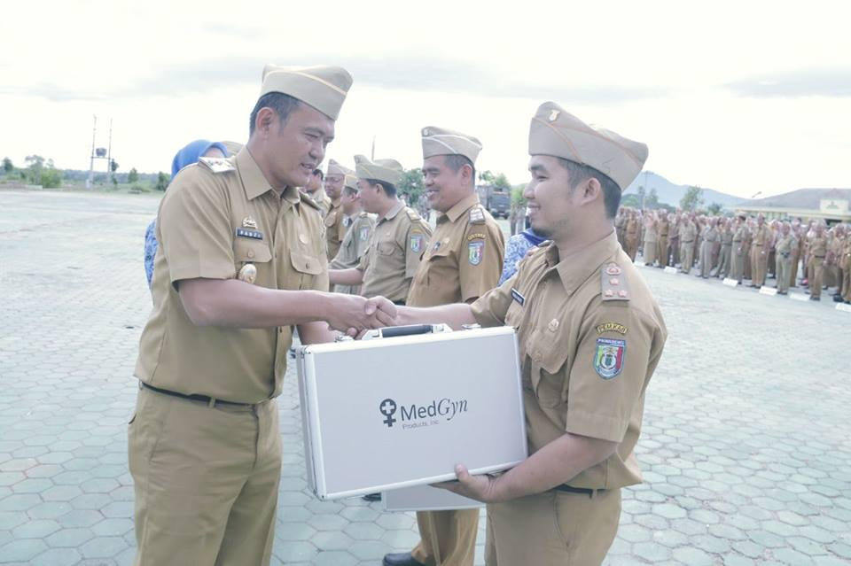 penyerahan-alkes-ke-puskesmas-se-kabupaten-pringsewu2