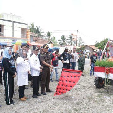 Bupati dan Wakil Bupati Pringsewu Menghadiri Lomba Balap Traktor 2018